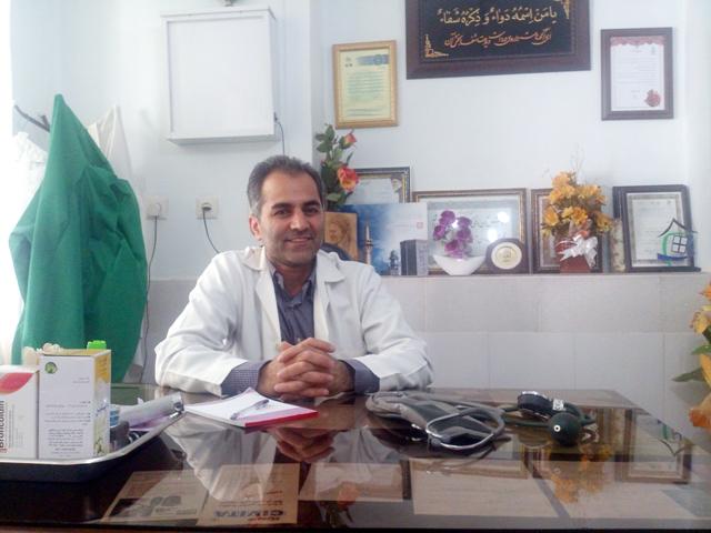 DSC_1324-1 دکتر قاصری: برای جذب پزشکان باید جاذبه در شهرستان ایجاد شود